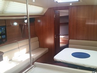 Luxe, spacious 40ft yacht BRAND NEW 2016 - Opened its doors Sept2016 - Saint Petersburg vacation rentals