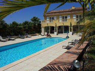 Villa provençale avec piscine - Signes vacation rentals
