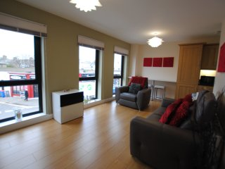 Fantastic holiday apartment in Troon town centre close to seafront - Troon vacation rentals