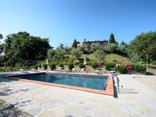Villa Rubino, private villa between Tuscany and Umbria for 8 persons - Lisciano Niccone vacation rentals