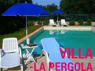 Villa La Pergola with Pool - San Michele Salentino vacation rentals