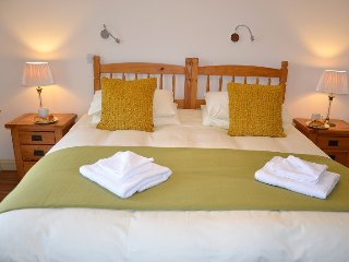 Hazel Cottage - Self Catering (Wheel Chair Friendly) Holiday Cottage Cornwall - Caerhays vacation rentals