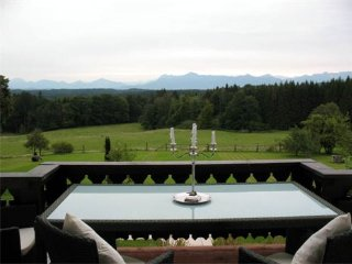 Vacation Apartment in Huglfing - peaceful, lovely, relaxing (# 1354) - Oberhausen vacation rentals