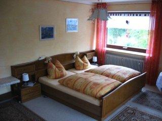 Vacation Apartment in Donauwörth - 1076 sqft, friendly, nice, convenient - Genderkingen vacation rentals