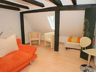 Vacation Apartment in Wetzlar - 1184 sqft, modern, generous floorplan, central - Wetzlar vacation rentals
