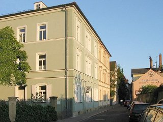 Vacation Apartment in Bamberg - 807 sqft, spacious, quiet location, near heart - Bamberg vacation rentals