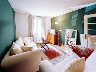 LLAG Luxury Vacation Apartment in Ediger - 560 sqft, historic, comfortable - Ediger-Eller vacation rentals