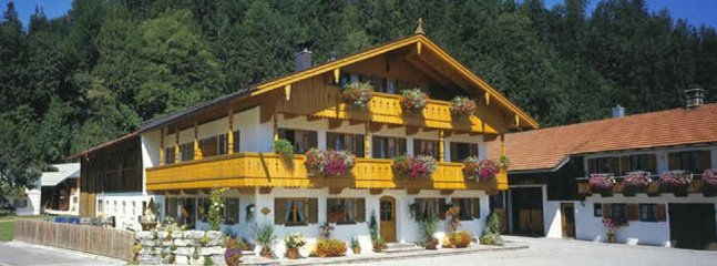 LLAG Luxury Vacation Apartment in Jachenau - 753 sqft, warm, comfortable, relaxing (# 2850) #2850 - LLAG Luxury Vacation Apartment in Jachenau - 753 sqft, warm, comfortable - Jachenau - rentals