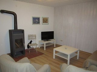 Vacation Apartment in Wolnzach - 753 sqft, spacious, convenient, idyllic - Wolnzach vacation rentals