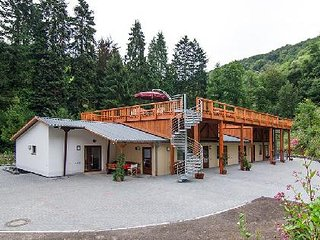 Vacation Apartment in Traben-Trarbach - 1012 sqft, beautiful, relaxing - Traben-Trarbach vacation rentals