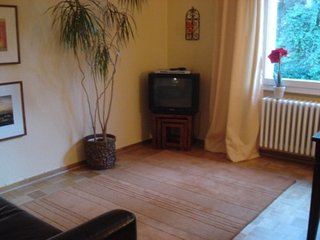 Vacation Apartment in Berlin-Steglitz - 592 sqft, quiet, warm, comfortable - Spreenhagen vacation rentals