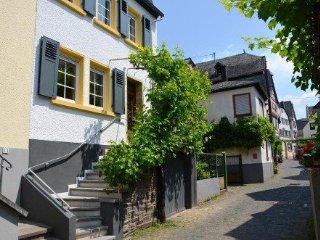 LLAG Luxury Vacation Home in Ediger - historic, spacious, sauna (# 4686) - Ediger-Eller vacation rentals