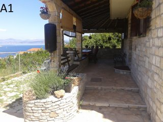 Perfect 2 bedroom Necujam Apartment with Internet Access - Necujam vacation rentals