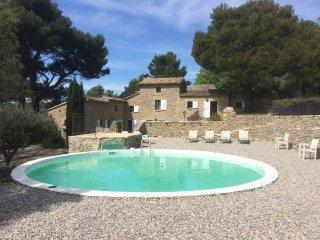 Ancien Relais de Chasse du chateau de Saumane - Saumane-de-Vaucluse vacation rentals