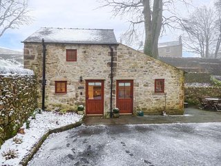 THE DELL, detached, countryside views, WiFi, garden, in Winster, Ref 938599 - Winster vacation rentals