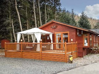 SEDONA, detached luxury lodge, en-suite, garden, pet-friendly, in Glendevon, Ref 954369 - Glendevon vacation rentals