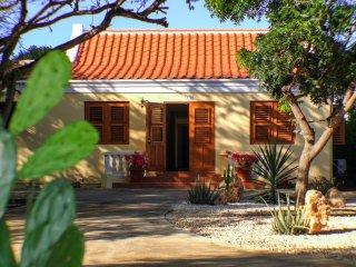 Villa Adelaida - Oranjestad vacation rentals