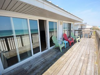 Gorgeous Condo with Deck and Internet Access - Topsail Beach vacation rentals