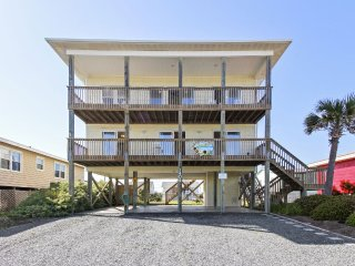 Perfect 4 bedroom Topsail Island House with Deck - Topsail Island vacation rentals