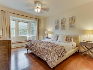Condo in vintage building w/ forest views, walk to East Lake Union - Seattle vacation rentals