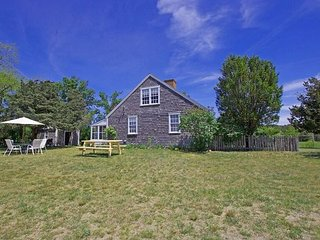 CLASSIC VINEYARD CAPE WITH GLORIOUS BEACH - Chappaquiddick vacation rentals