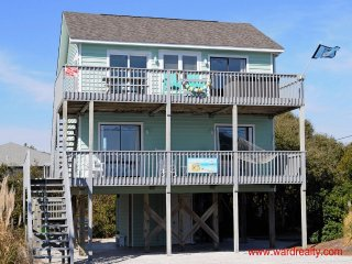 Cozy Topsail Beach House rental with Deck - Topsail Beach vacation rentals