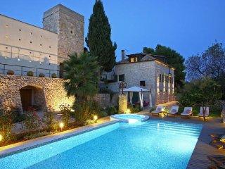 Traditional villa for rent, island of Vis - Vis vacation rentals