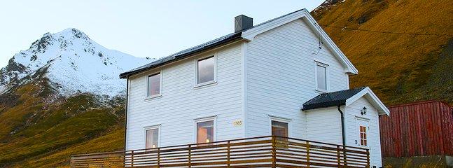 Welcome to Halvdan's Cabin in stunning Lofoten. - Leknes vacation rentals