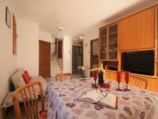 APARTMENT WITH TERRACE 1000M FROM BEACH | Ap13 - Imperia vacation rentals
