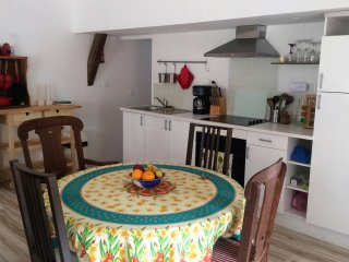 Gorgeous 2 bedroom Guest house in Levare with Internet Access - Levare vacation rentals