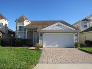 Victoria Woods at Providence Pool Home property, fully furnished, with full kitchen, and all linens and towels - Davenport vacation rentals