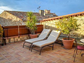 CAN FELIP - Penthouse Apartment (Beautiful XVIIIC House) - Palafrugell vacation rentals