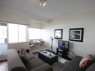 Perfect 1 bedroom Cape Town Apartment with Washing Machine - Cape Town vacation rentals