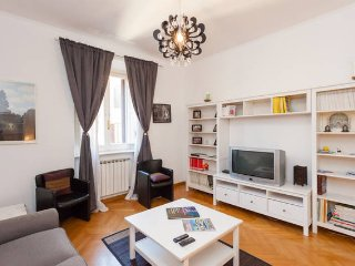 Lovely Apartment near Coloseum - Rome vacation rentals