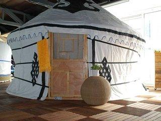BnBassistant I Unique experience Yurt with sauna - Zaandam vacation rentals