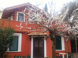 Garden House in a villa - Rome vacation rentals