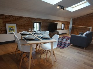Appartement 4 personnes style loft - Beauzelle vacation rentals