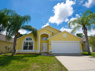 Dunes House - Beautiful Pool Home in Gated Golf Community - Haines City vacation rentals