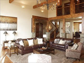 Beautiful New Custom Home, Spacious Living Area with Vaulted Ceilings (208593) - Edwards vacation rentals