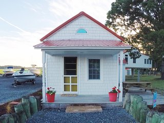 Charming Cottage with Television and Water Views - Dagsboro vacation rentals