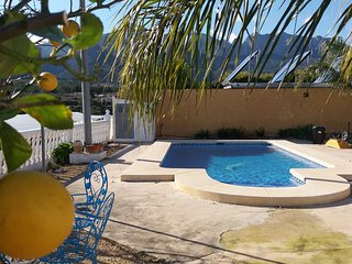 Villa 3 bed apartment nr Polop Private Pool, BBQ, Internet, TV, Sleeps 6 plus 2 - Xirles vacation rentals