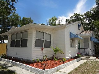 Key West Style Bungalow/ Pet Friendly - New Port Richey vacation rentals