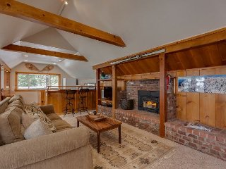 Spacious Squaw Valley Cabin by Ski Lifts - Alpine Meadows vacation rentals