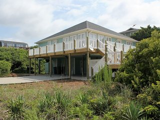 Wonderful Condo with Deck and A/C - Emerald Isle vacation rentals