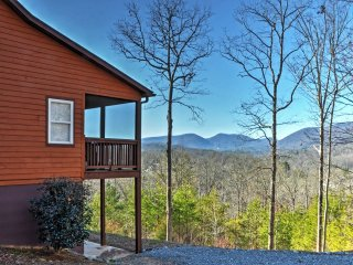 NEW! 'Tranquility' 4BR Young Harris Home w/Mtn Views! - Young Harris vacation rentals
