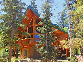 Luxury 4 bed/3 bath cabin located close to Zion, Bryce & Brian Head Ski Resort! - Duck Creek Village vacation rentals