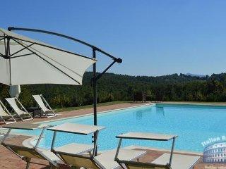 Villa in Tuscany : Siena / S. Gimignano Area Villa Stellare - Montalcinello vacation rentals
