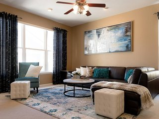 Beautiful Spacious Single Family Beautiful Home in the Heart of Denver - Denver vacation rentals