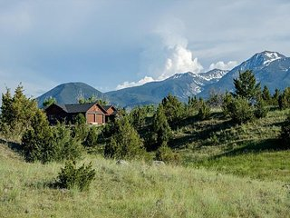Mountain Sanctuary- New listing in Paradise Valley! - Pray vacation rentals