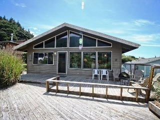 WAPITI CREEK ~ Great family home with beautiful ocean and mountain views! - Neahkahnie Beach vacation rentals